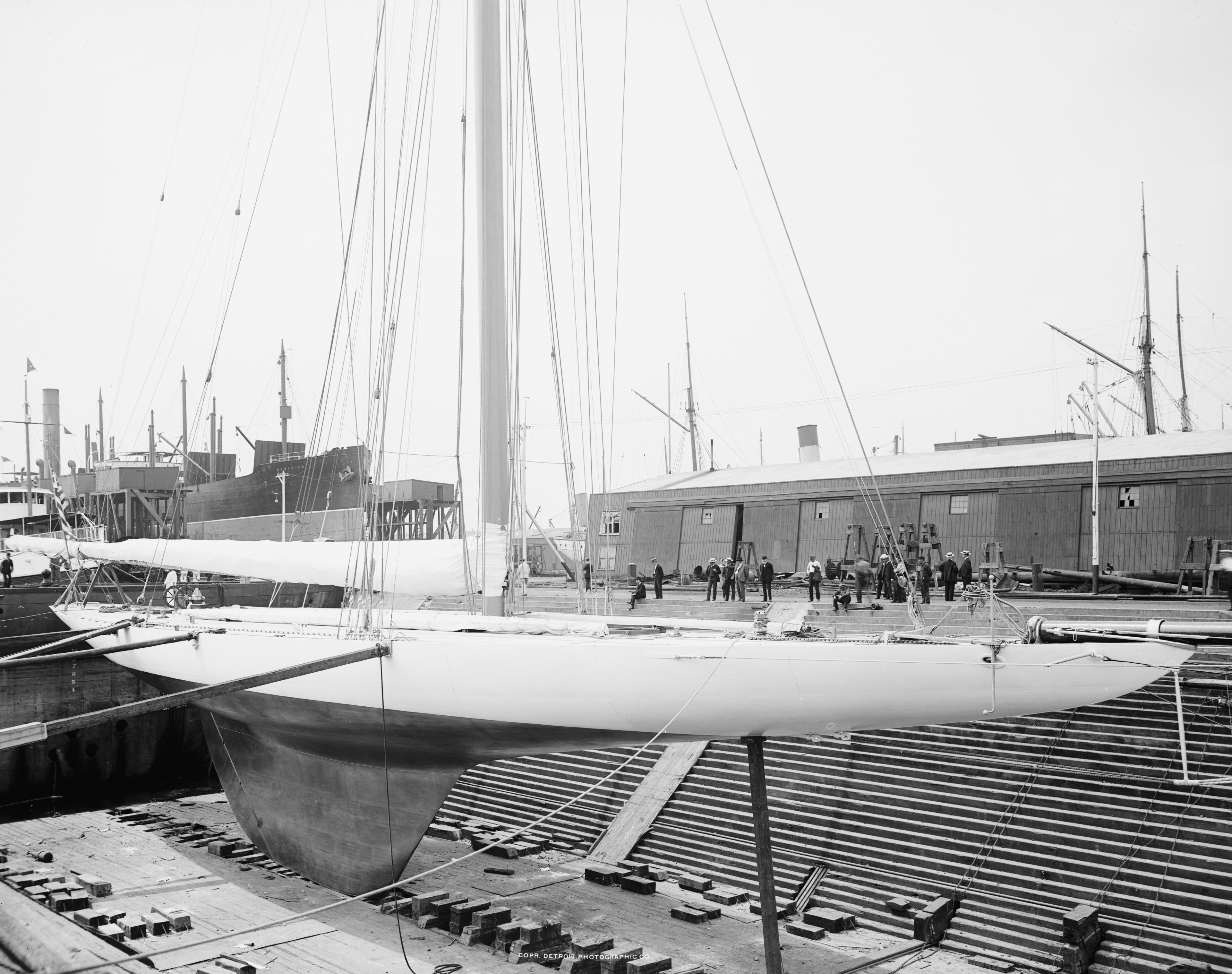 19.2 Yacht_Reliance_in_Drydock